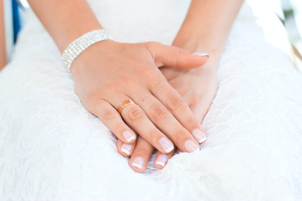 What manicure to do for a wedding